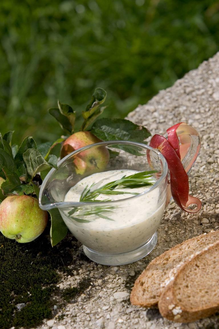 Meerrettich-Apfel-Dip